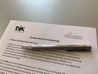 Deutsche-Jugendkraft-Sportverband und Werner-von-Siemens-Schule Köln schließen Partnerschaft
